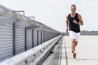 L'attività fisica che fa bene alle vie urinarie